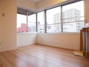 築地永谷タウンプラザ 洋室2