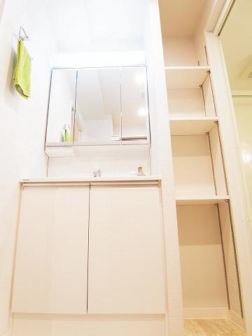 ライオンズマンション西新宿 洗面台