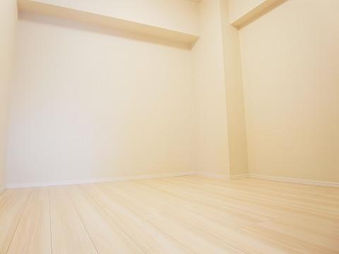 ライオンズマンション西新宿 洋室