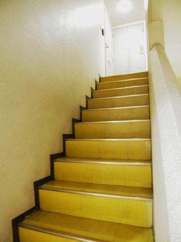 GSハイム太子堂 階段