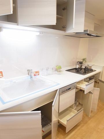 成城アンバサダー キッチン