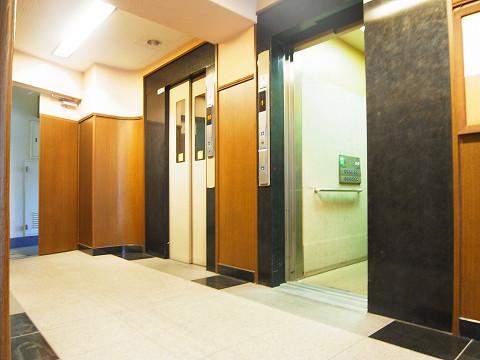 コンド田園調布 エレベーター