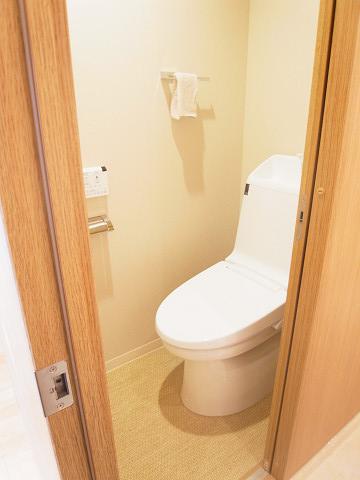 日興パレス南麻布第二 トイレ