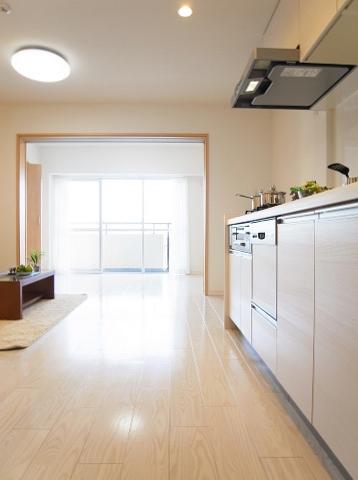 柿の木坂パレス リビングダイニングキッチン