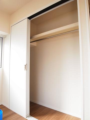五反田コーポビアネーズ 洋室 クローゼット