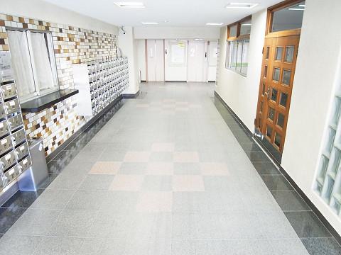 中野本町マンション エントランス
