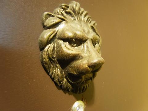 ライオンズマンション初台第3 扉