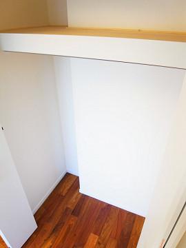 カーサ中野本町 洋室1収納