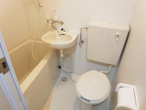 シャンボール北新宿 トイレ・バスルーム