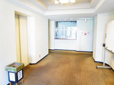 イースタンホームズ若林 エレベーターホール