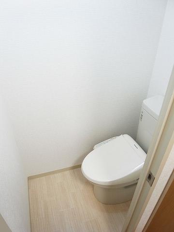 朝日小日向マンション トイレ