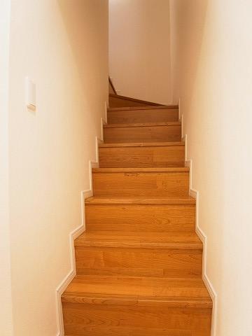 クレール太子堂 階段