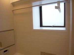 南青山セピアコート バスルーム窓