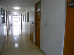 青山アジアマンション 内廊下