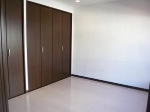青山アジアマンション 洋室