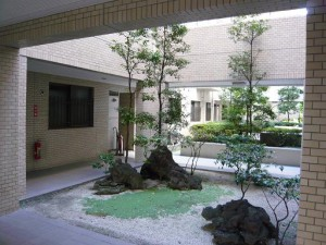 藤和池袋ホームズ 中庭