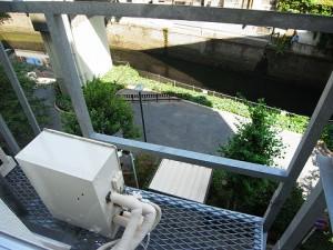 ツイン一の橋2号棟 室外機置場