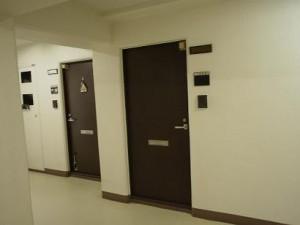 ライオンズマンション池田山 共用廊下
