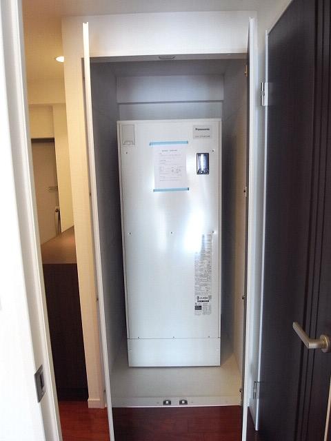ソフトタウン原宿 温水器