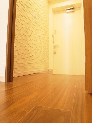 シェモワ新宿 玄関