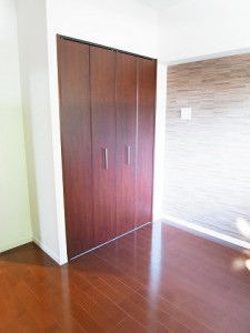 サンスタレ駒沢セカンドコート  洋室1クローゼット