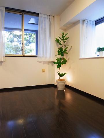アールヴェール新宿弁天町 洋室3