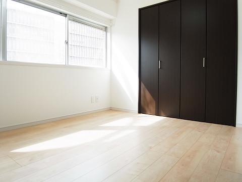 スカイコート駒沢  洋室1