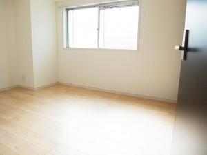 スカイコート駒沢  洋室3