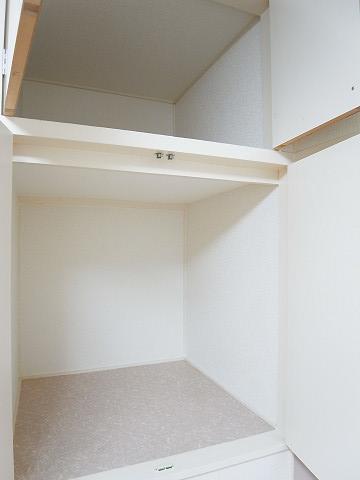 目白武蔵野マンション 洋室1 収納