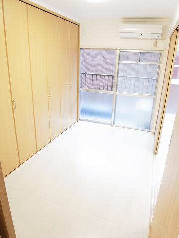 代々木コーポ 洋室2
