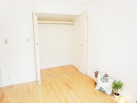 マートルコート新宿ガーデンハウス  洋室2