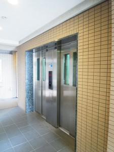 s東京ベイアクアマークス エレベーター
