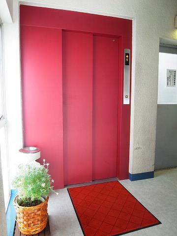 カーサ目黒 エレベーター