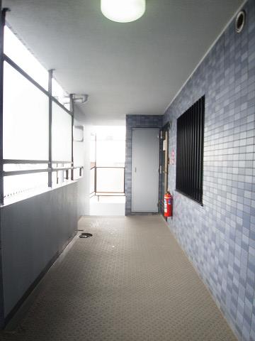 セザール碑文谷 外廊下