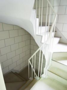 代々木コンド  階段