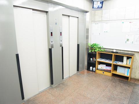 新宿セントビラ永谷 エレベーター