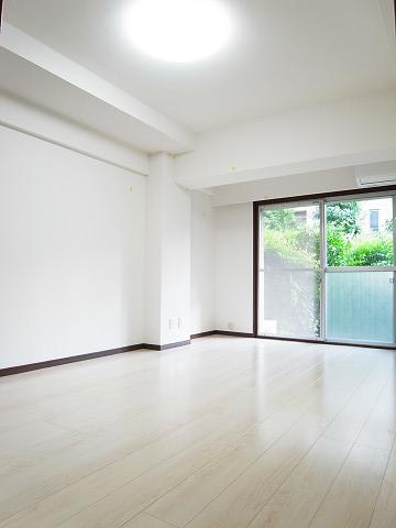 藤和参宮橋コープ 洋室2