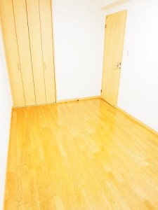 ディナ・スカーラ新宿 洋室1