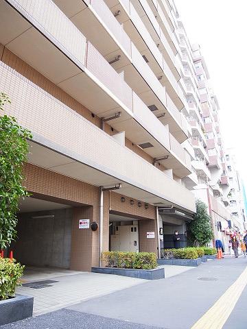 日神パレステージ東新宿イーストフォート 外観