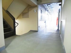 オリエンタル新宿コーポラス  マンション廊下