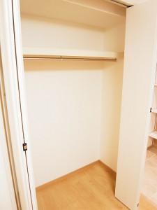 オリエンタル新宿コーポラス  洋室1クローゼット