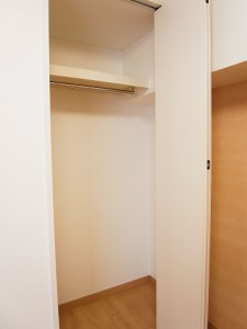 オリエンタル新宿コーポラス  洋室2収納