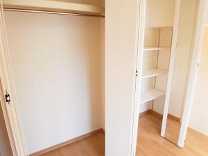 オリエンタル新宿コーポラス  洋室3収納
