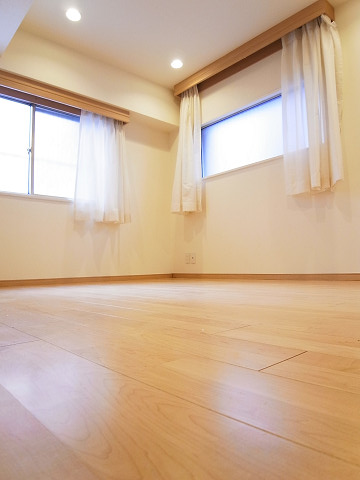 キャニオンマンション駒沢 洋室2