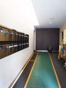 東カングランドマンション原宿  エントランス