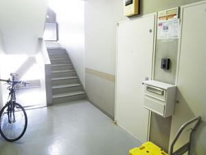 東カングランドマンション原宿  廊下