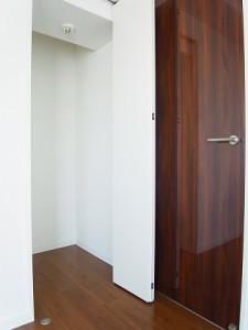 レジオン経堂  洋室2収納