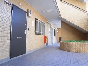 エクセル柿の木坂  マンション廊下