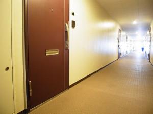 西新宿ハウス  マンション廊下