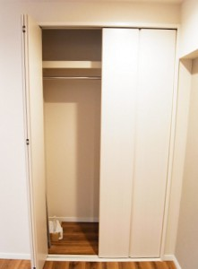 上目黒マンション  洋室2収納